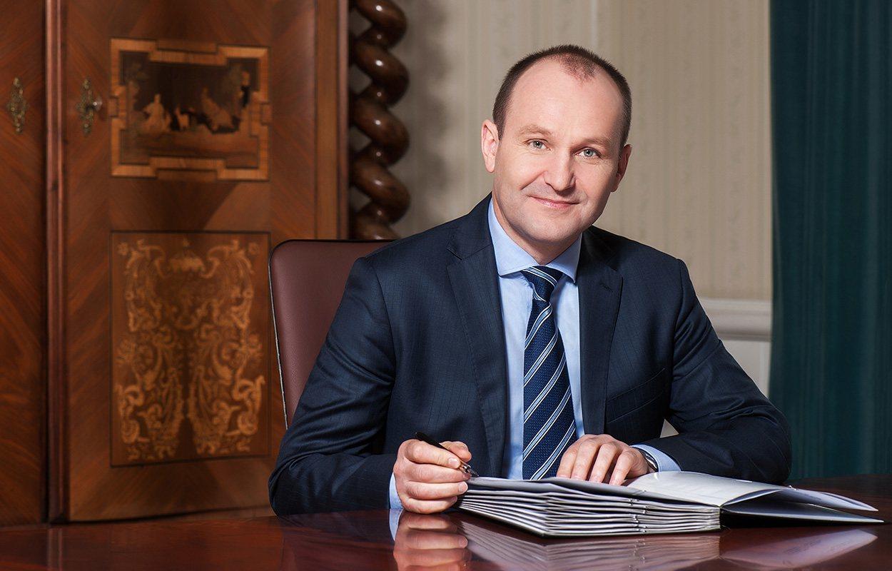 Oficjalne portrety marszalkow wojewodztwa malopolskiego, fotografia biznesowa, korporacyjan, fotografia politykow